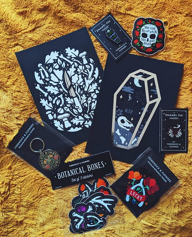 ✨SPOOKY GIVEAWAY! ✨I'm giving away a spooky bundle from my shop! The bundle will include all the things pictured! To enter all you have to do is: ✨ Like this photo and make sure you follow me ✨ Tag a mate (1 tag per comment) who you think may like my art!  You may enter as many times as you like, open worldwide and ends 8pm GMT 7th June. Winner will be chosen by a random generator and posted on my story. Instagram is not associated with this giveaway 🖤 . . . #etsyshop #shopsmall #skeleton #sticker #stickerbomb #enamelpins #pinbadge #creepitreal #illustrations #botanicalillustration #floral #darkartist #truecrime #forensics #forensicsandflowers #artist