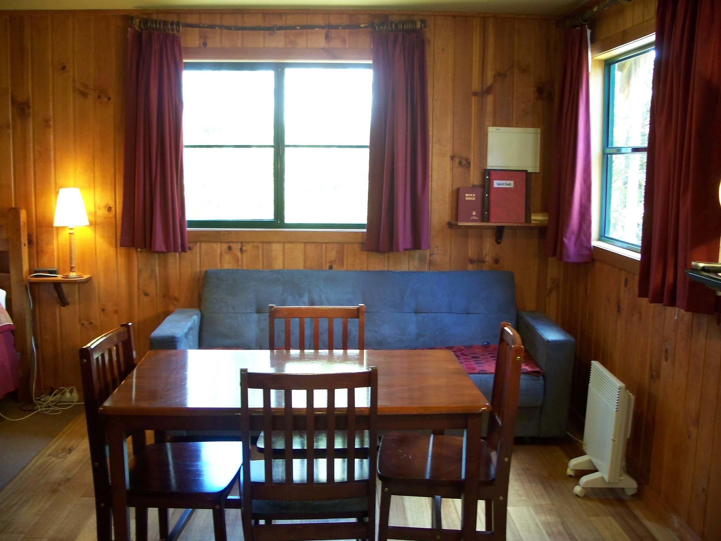 Tallow-wood dining2.jpg