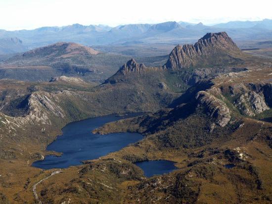 Cradle Mountain Helicopters - Cradle Mountain Highlanders