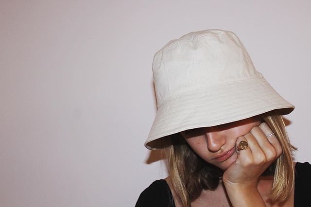 bucket hats are back baby #ootdinspo #outfitpic #outfitlook #aspiringmodel #americanstyle #streetstyleinspo #trendy #outfitidea #outfitinspo #outfitoftheday #ootd #newyork #newyorkstyle #newyorkfashion #ootdgoals #style #fashionblogger #aspiringfashionblogger #fashiongirlstyle #stylegoals #prettylittleiiinspo #beauty #igstyle #igfashion #styleguide #beautyblogger #newblogpost #blogpost #styleblog #winterfashion