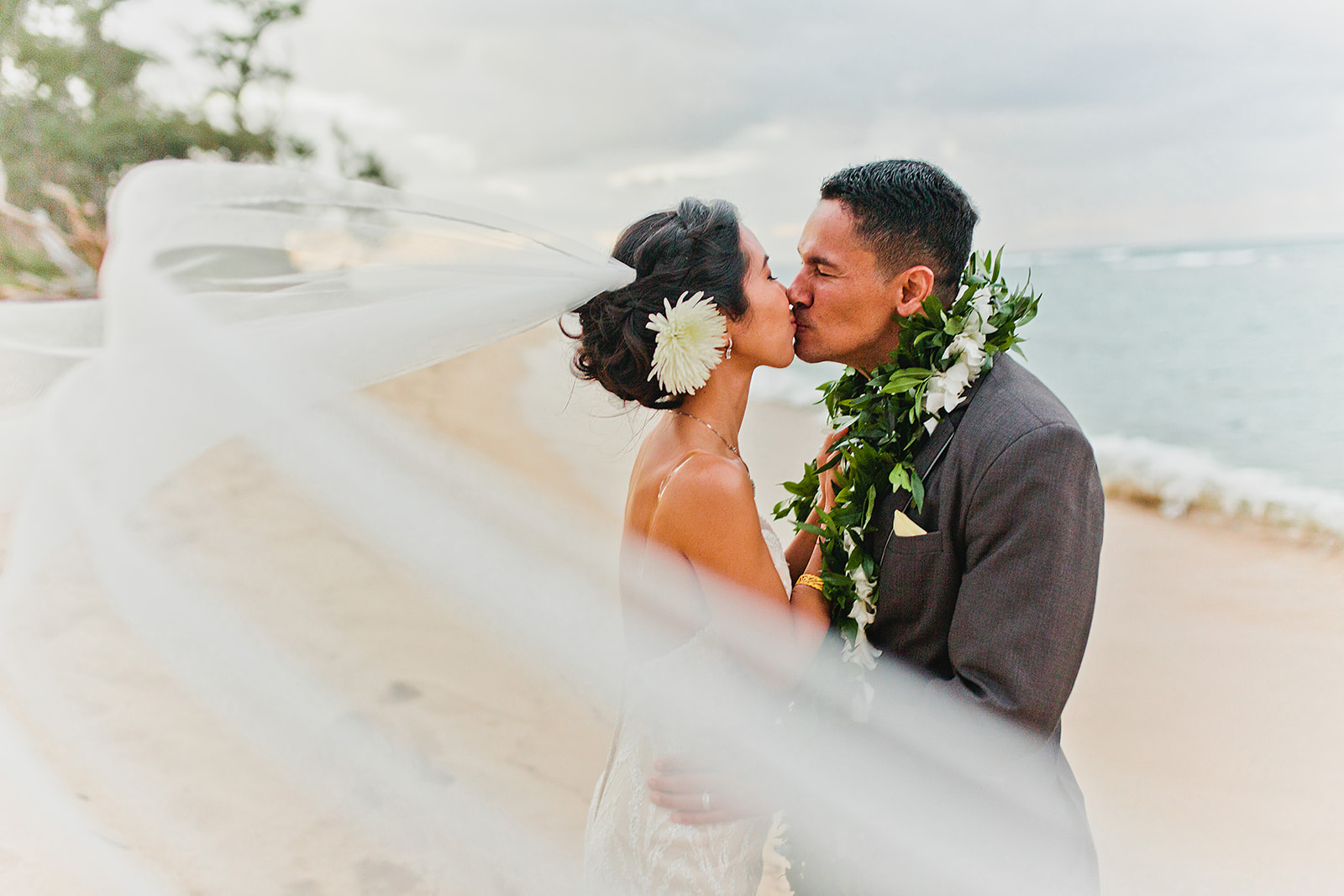 Hawaii Polo Club Wedding - Bride + groom 3_44.jpg