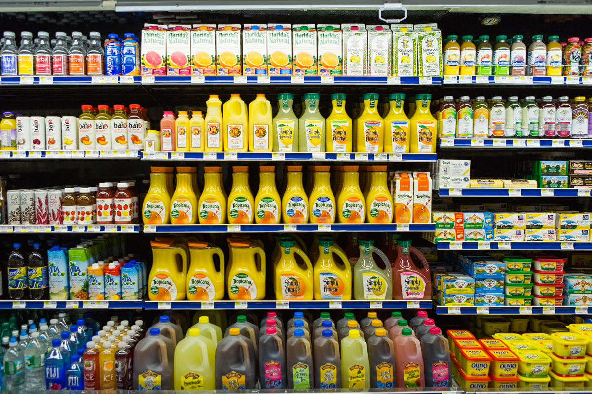 Food co-ops don't require payment from foodmakers to access their shelves. -