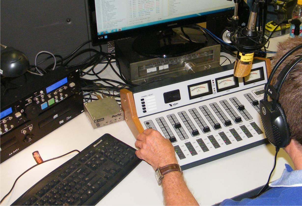 DungogRadio.jpg