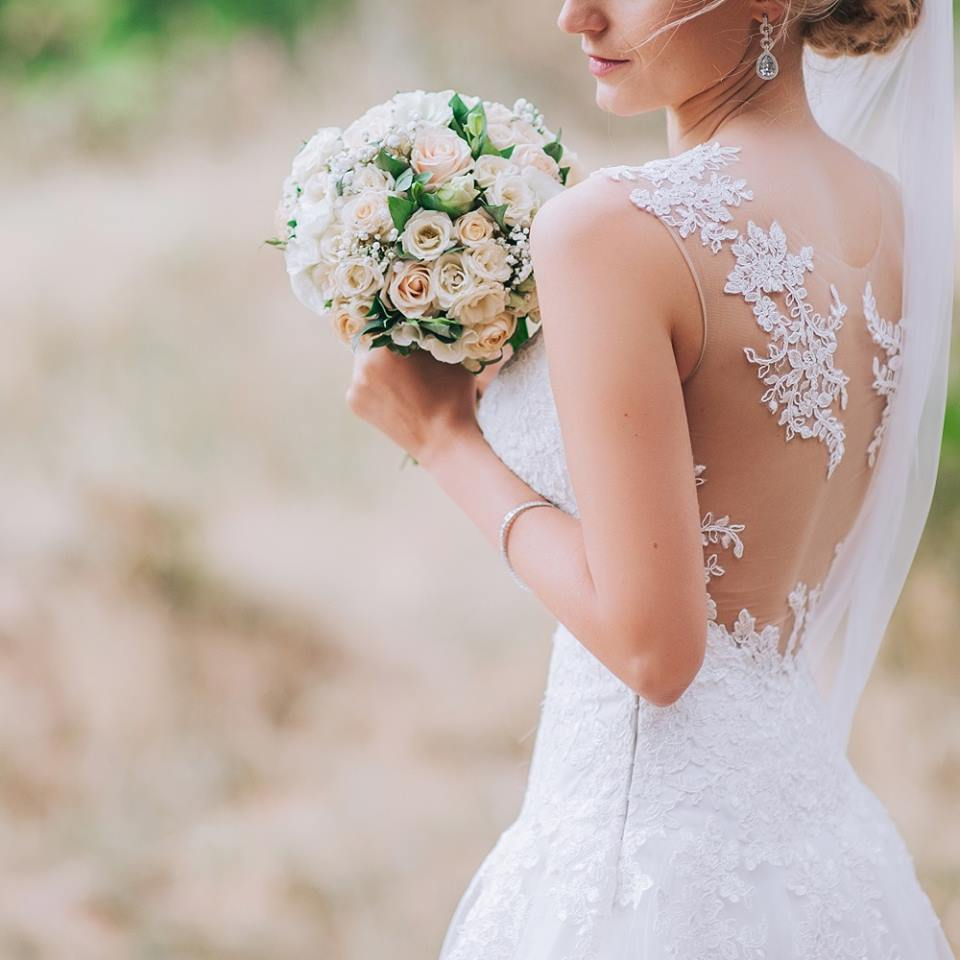 Preserve your wedding gown with Nola Kay (over 35 years experience serving brides in Sydney)