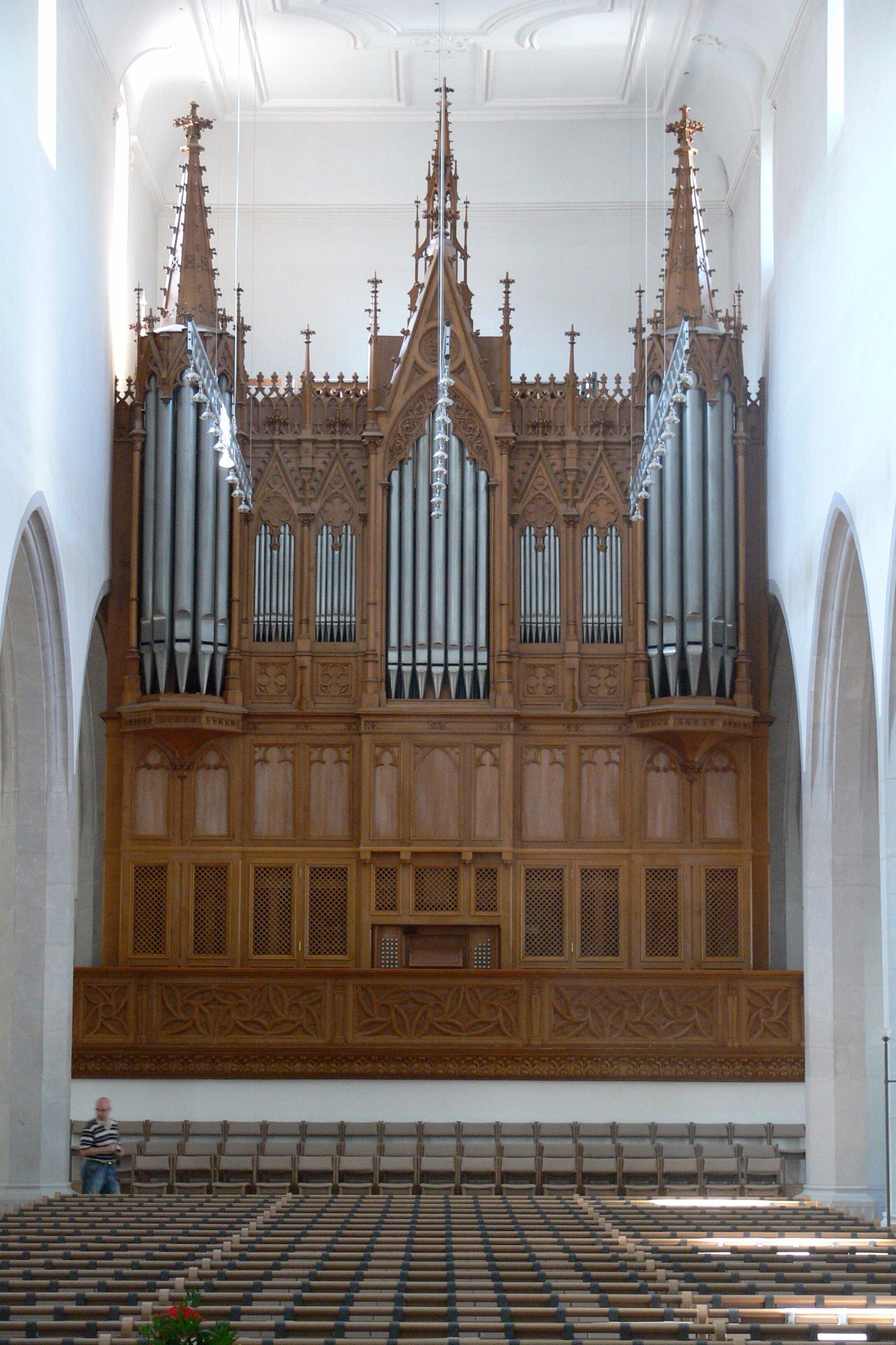 Schaffhausen_St_Johann_Orgel.jpg