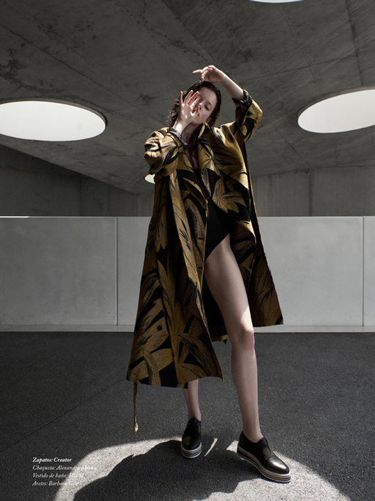 Helena-Almeida-Fuscia-Magazine-7.jpg