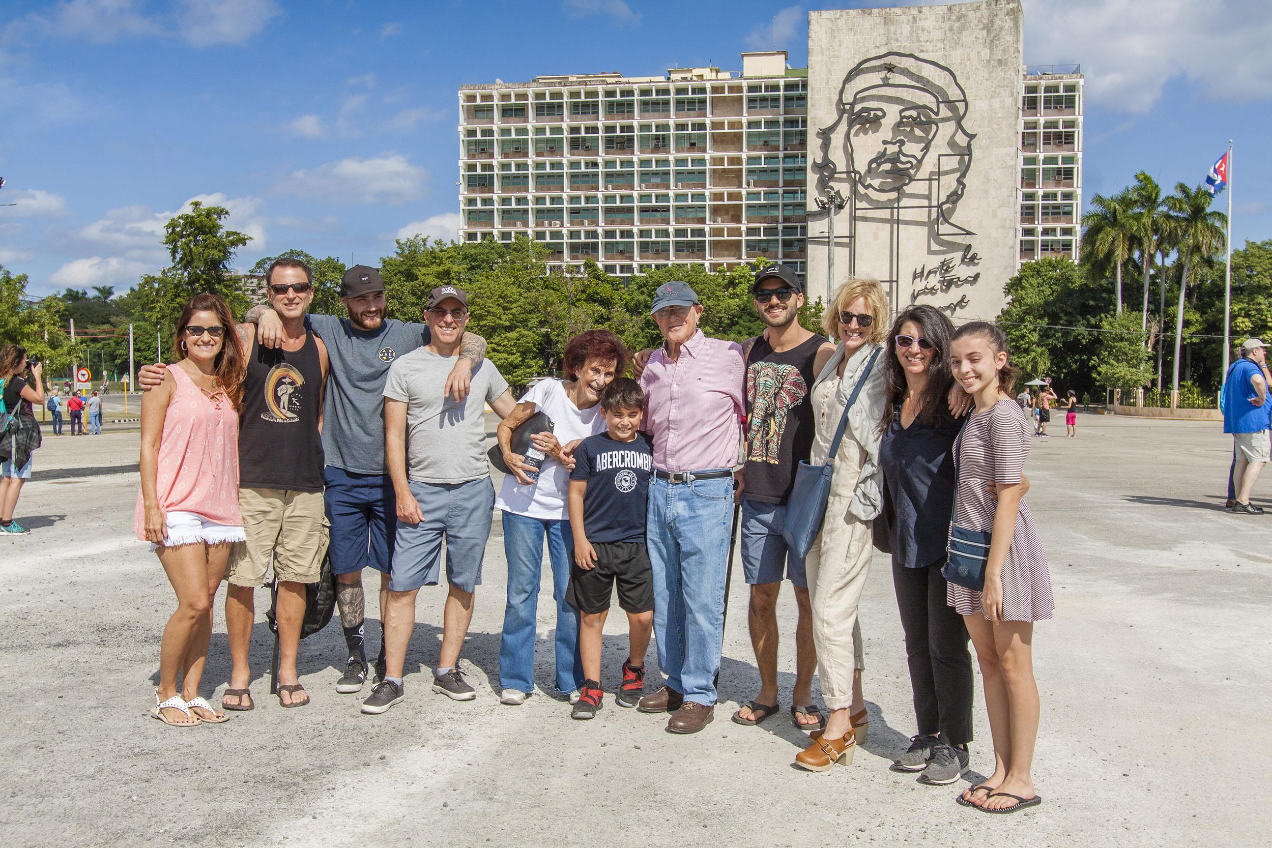 Discovering Havana Tour web 1.jpg