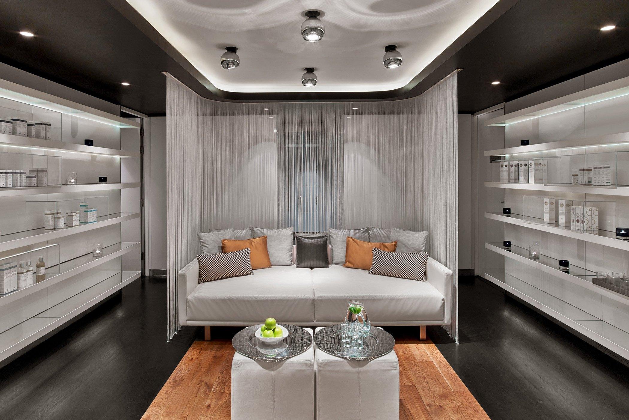 w-london-away-spa-lounge-room.jpg