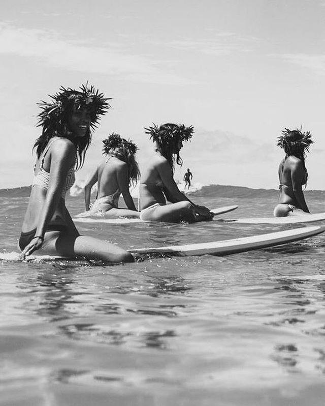 Rien de tel qu'une réunion avec mon fabuleux groupe de Ladies mamma or not, surfers or not pour se remonter le moral et aider à gérer les petits coups de mous intrinsèques à toute vie d'entrepreneur. On passe les vagues ensemble 🌊 💪🏻 Merci les filles je suis heureuse de vous avoir dans ma vie 💙