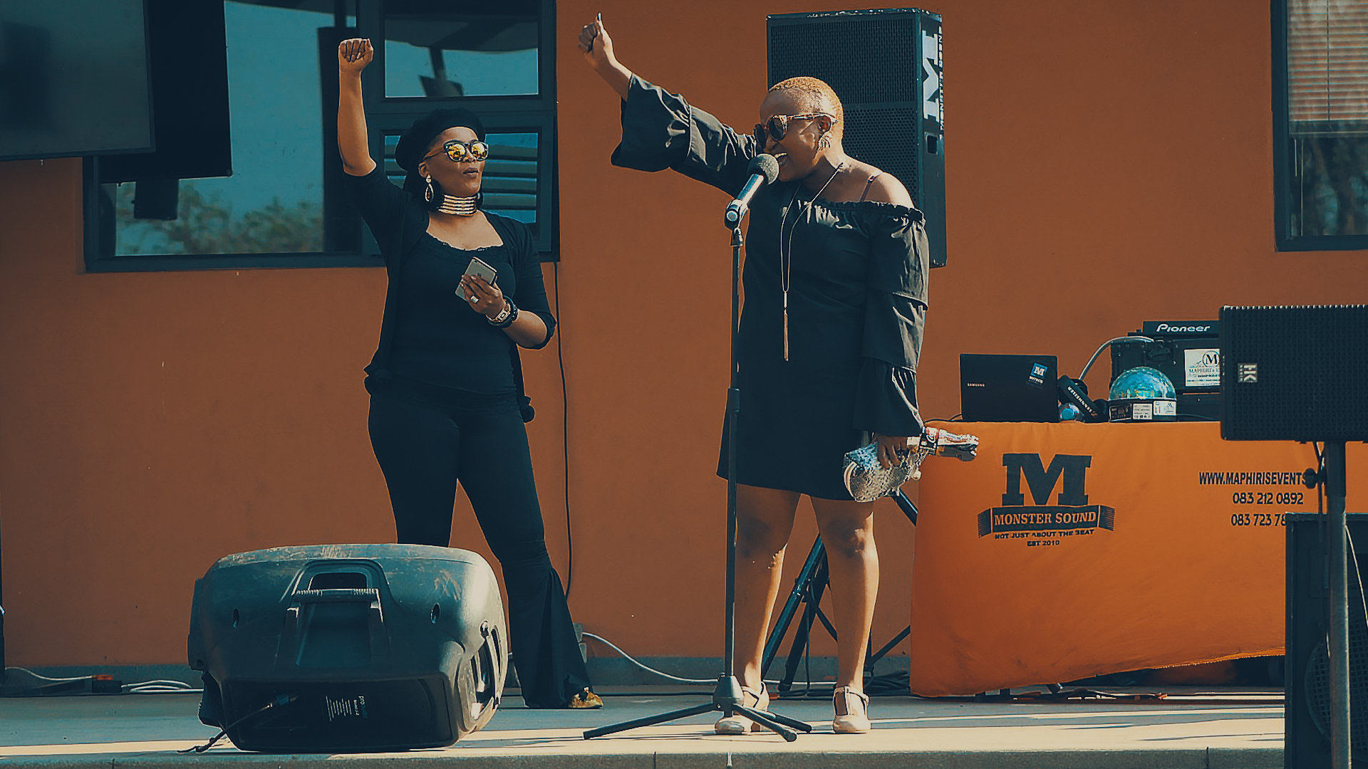 Performers  at Sharpeville Arts and Craft Market©