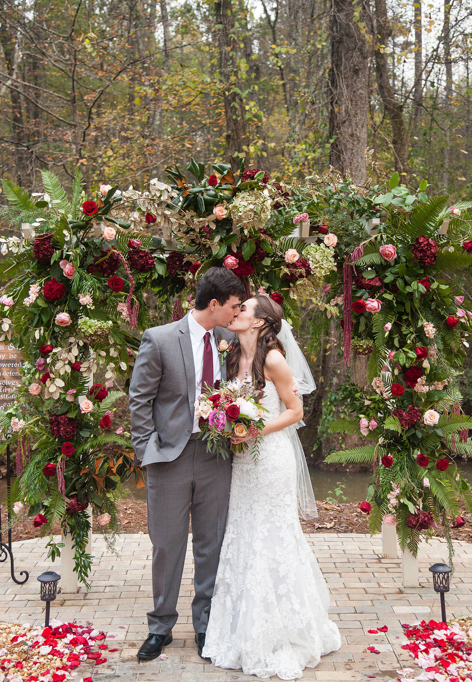 mrandmrsdalton-weddingarch.jpg