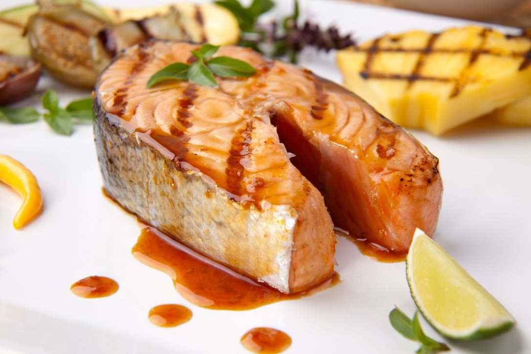 Grilled Salmon_pine.jpg
