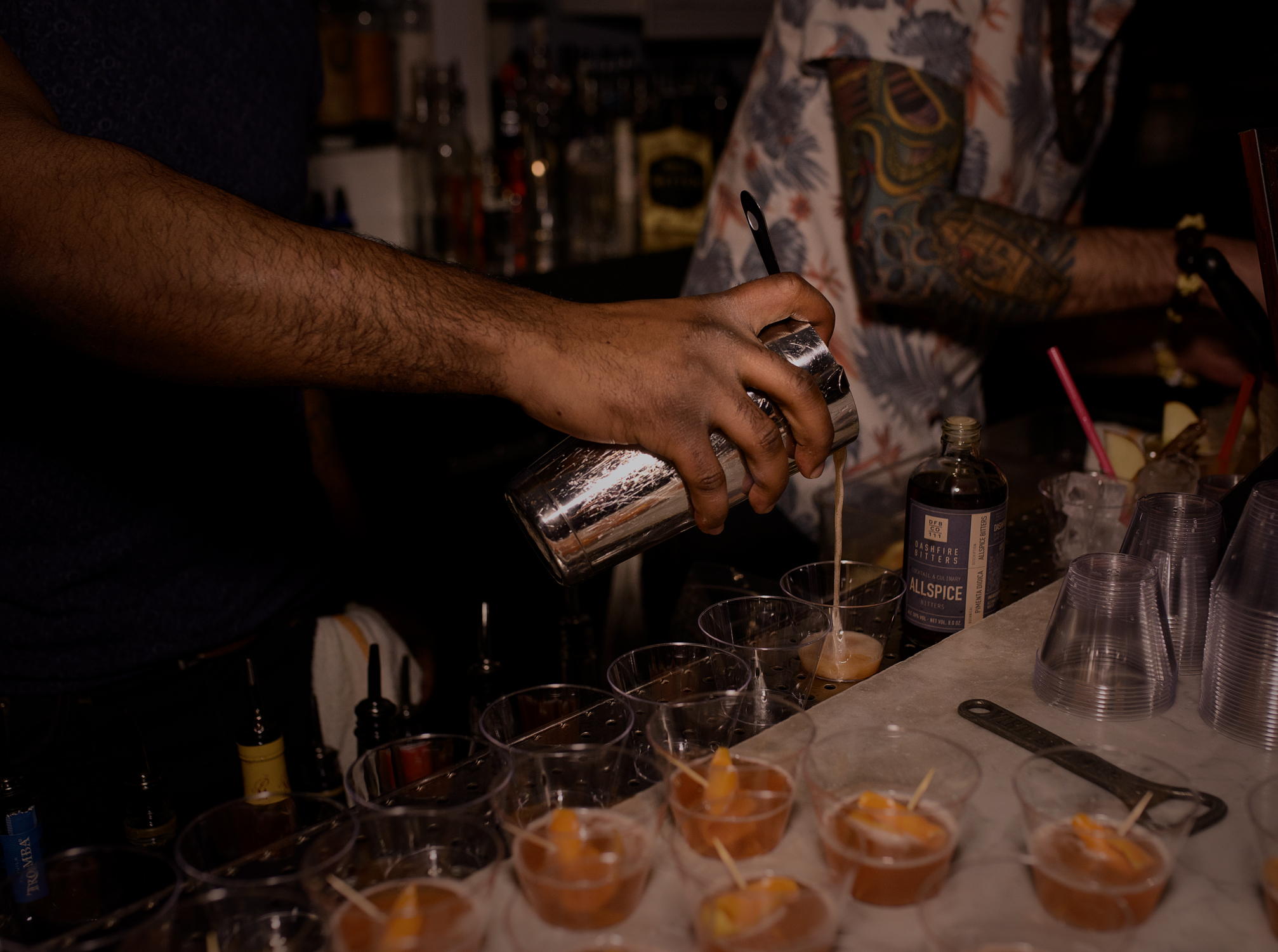 pouring_cocktails_1.jpg