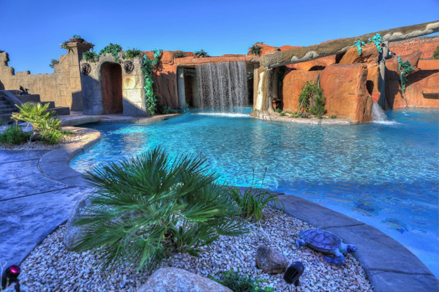 Cutting-Edge-Pools-6-710x473.jpg