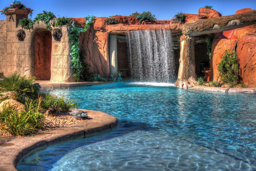 Cutting-Edge-Pools-23-710x473.jpg