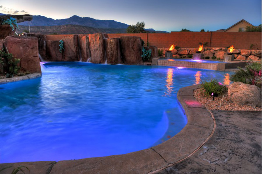 Cutting-Edge-Pools-36-710x473.jpg