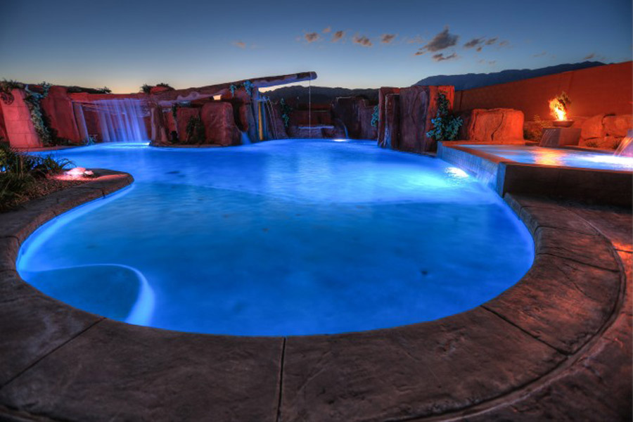 Cutting-Edge-Pools-39-710x473.jpg