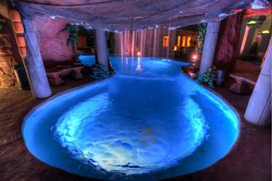 Cutting-Edge-Pools-45-710x473.jpg