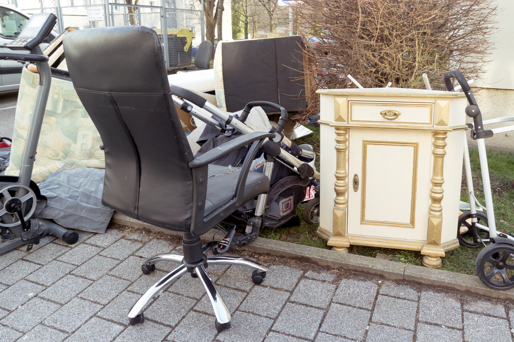 Dispose Of Your Old Furniture