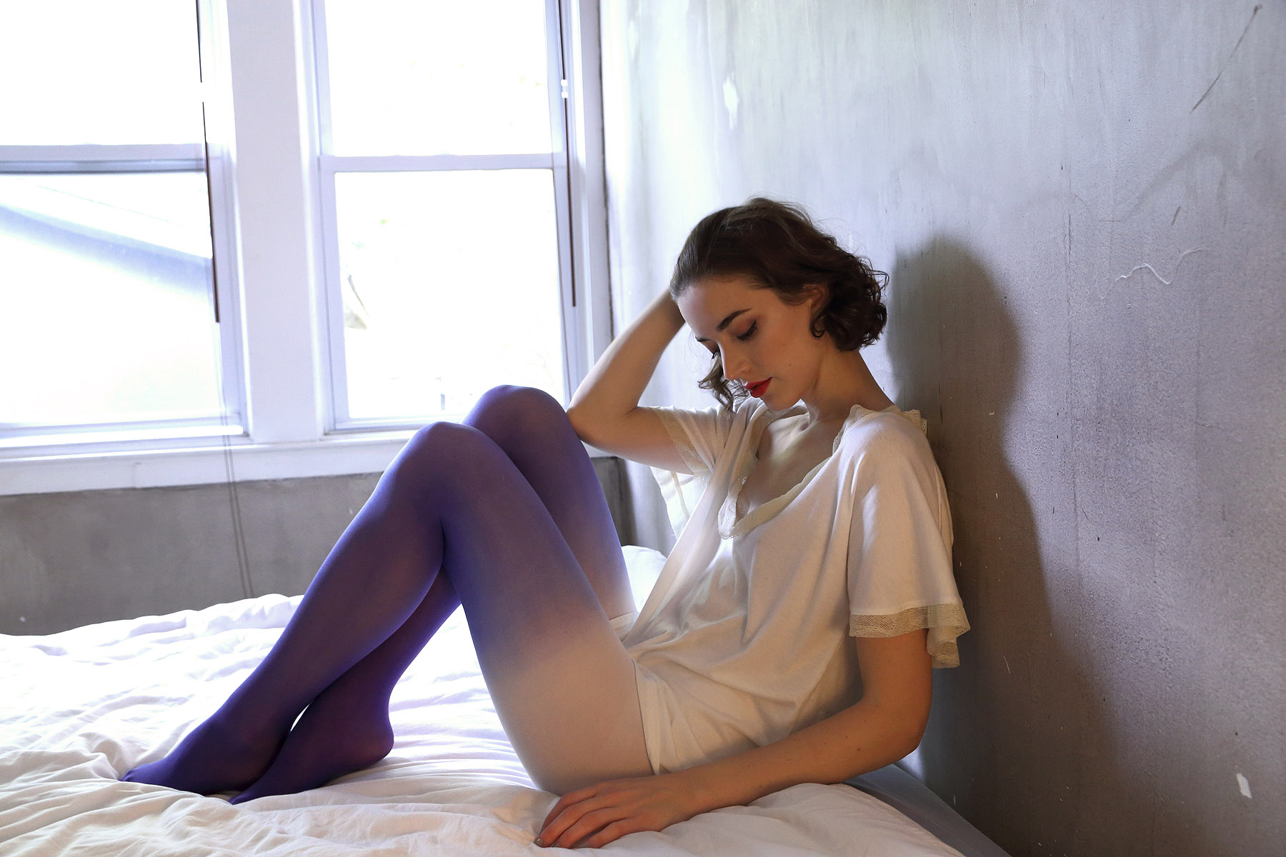 holiday-14-bts-lingerie-lookbook-ivory-tee-blue-white-dip-dye-tights-bed-2.jpg