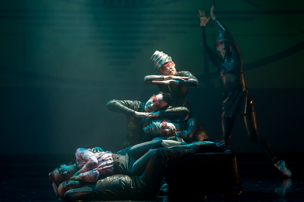 Zombie-Company-Dancers-Photographer-Darial-Sneed.jpg