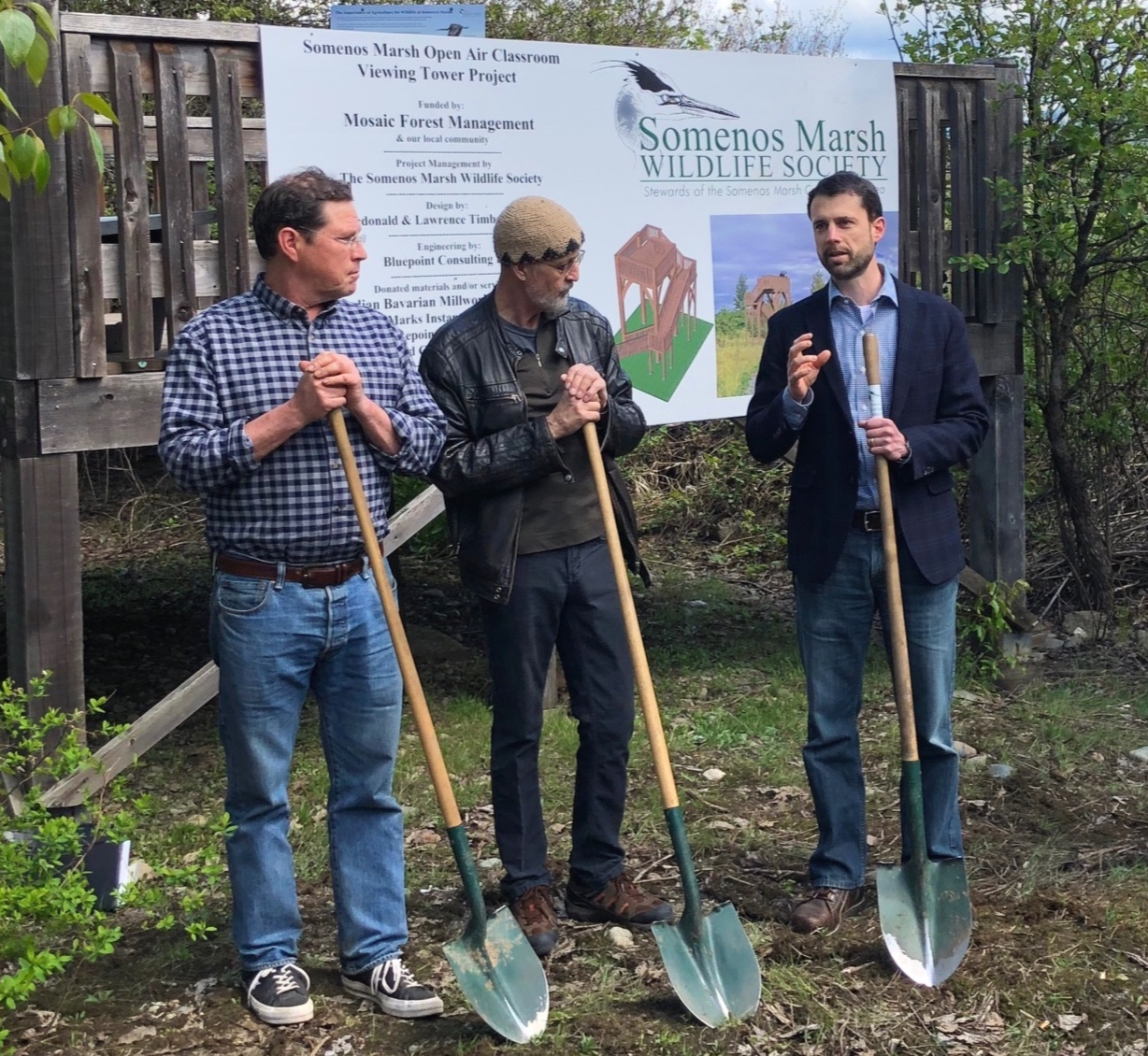From left to right: Councillor Christopher Justice with North Cowichan / Paul Fletcher, Somenos Marsh Wildlife Society / Domenico Iannidinardo, VP Sustainability and Forrests & Chief Forester at Mosaic Forest Management
