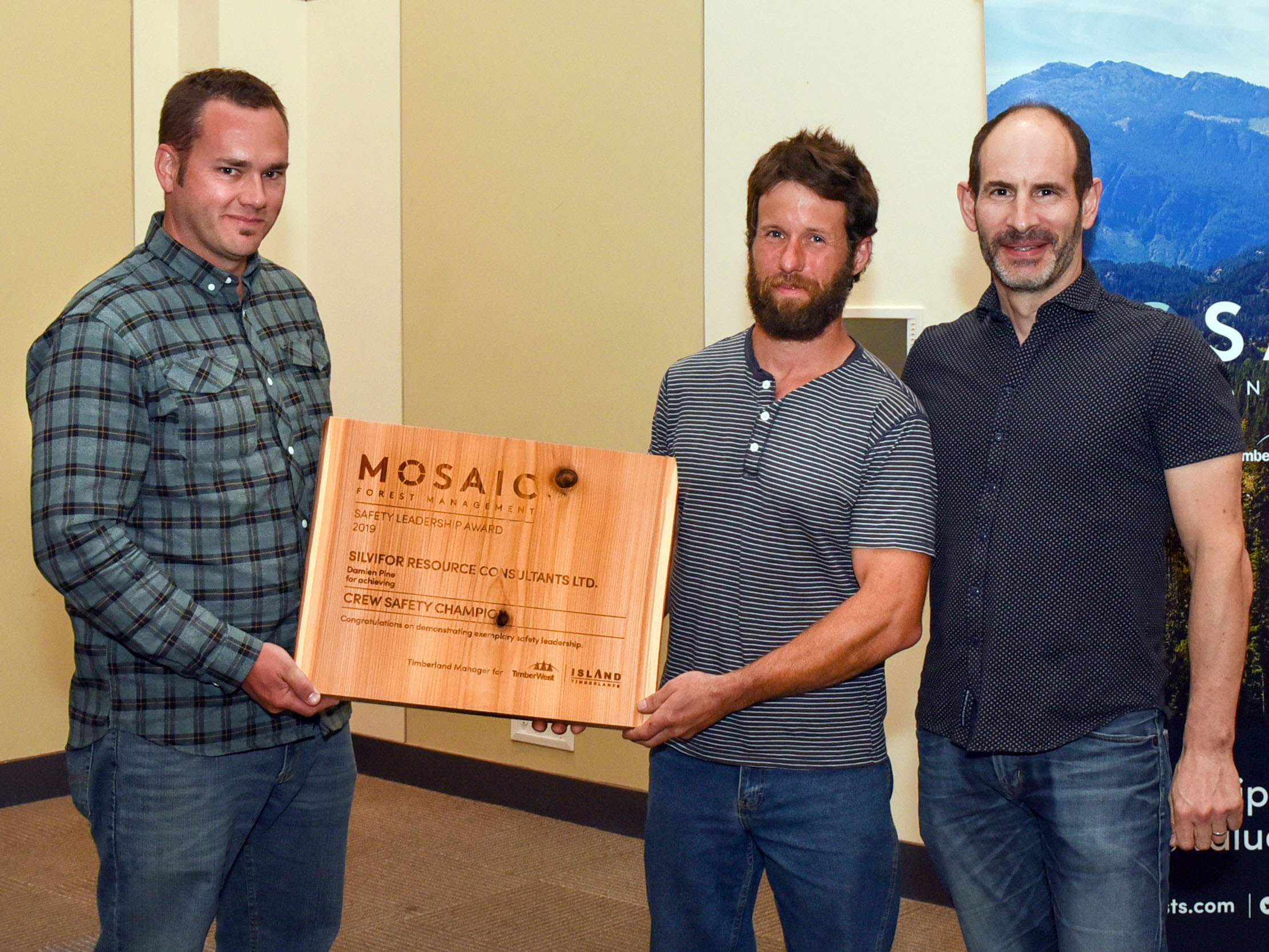 (l to r) Mosaic's Senior Manager Forestry Operations, Jimmie Hodgson; Damien Pine, of Silvifor Resource Consultants Ltd.; and Jeff Zweig, President and Chief Executive Officer, Mosaic.