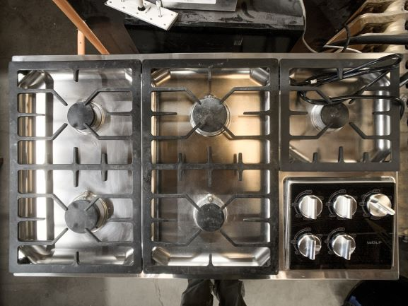 Large Gas Stove-top