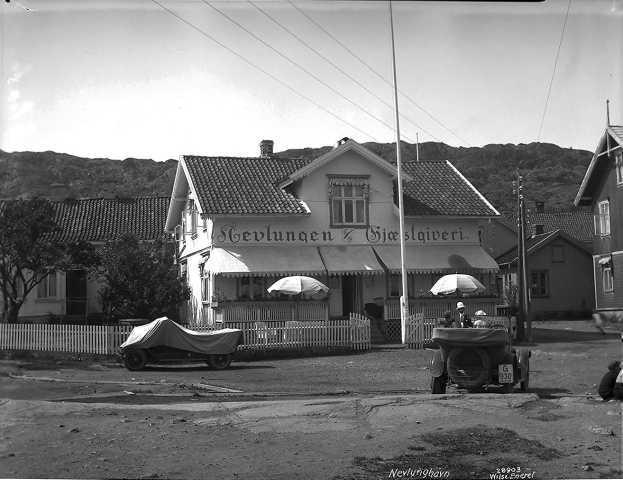 1926 (2).jpg