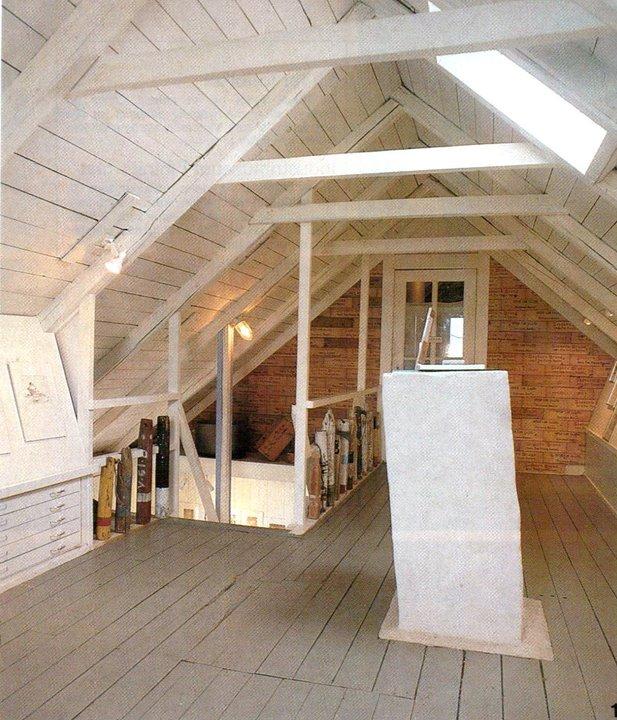 Loftetasjen, brukt som Galleri, foto fra 80 tallet, fra reportasje i BONYTT, før endringen etter 1993.