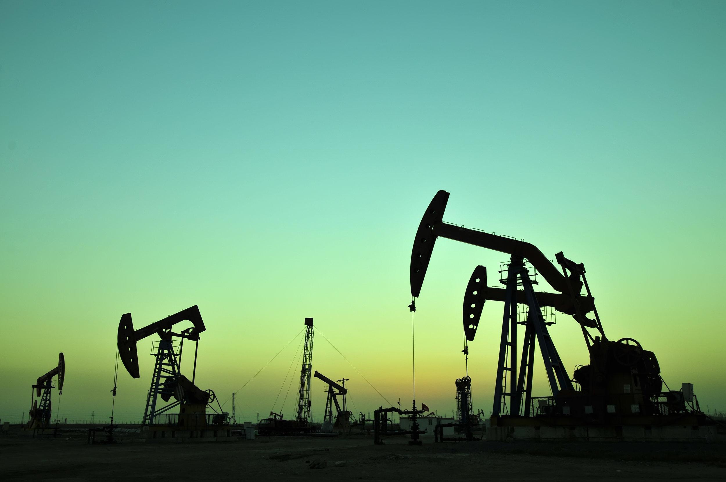 Green Oil Derrick shutterstock_162489413.jpg