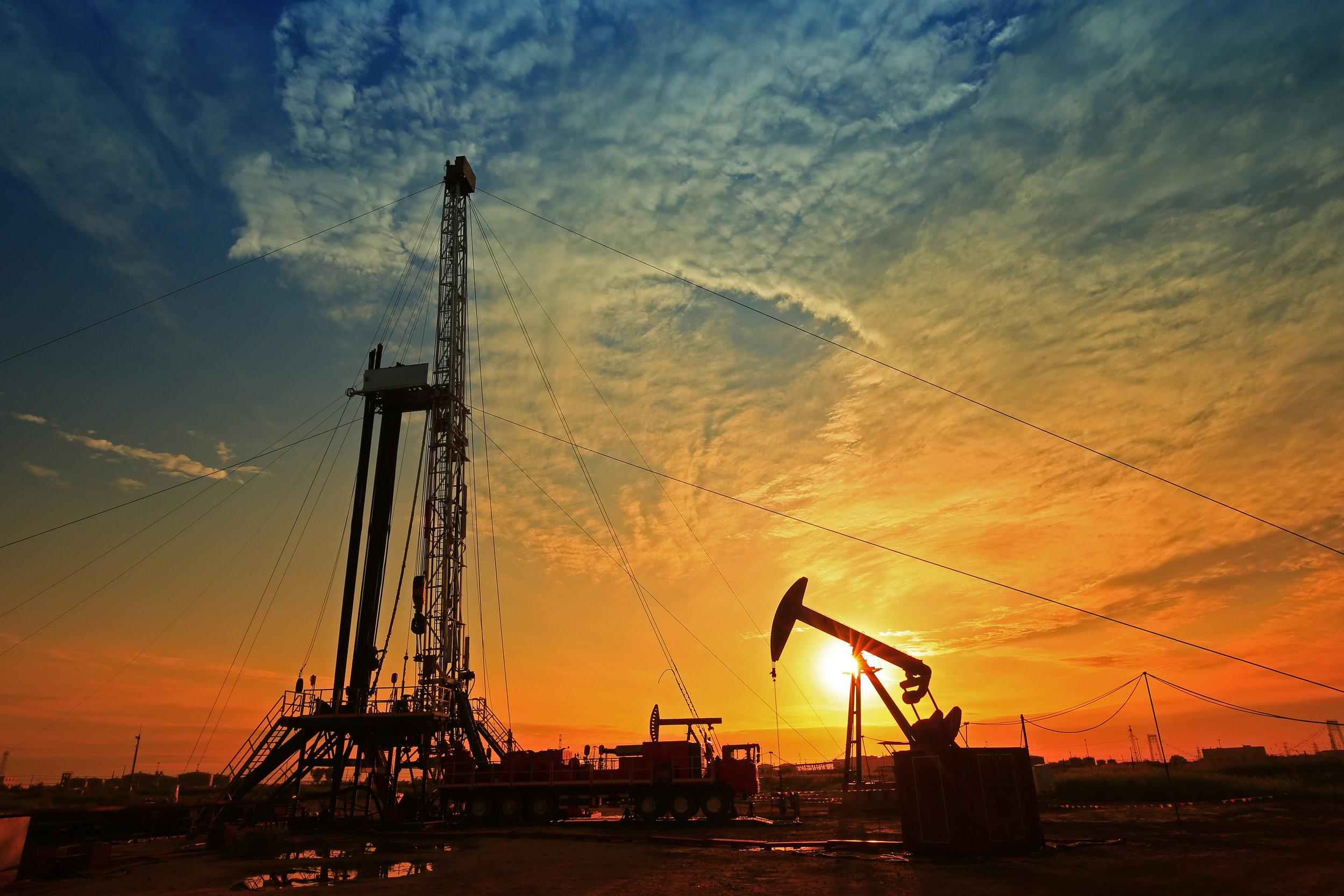 sunset derrick shutterstock_684244165.jpg