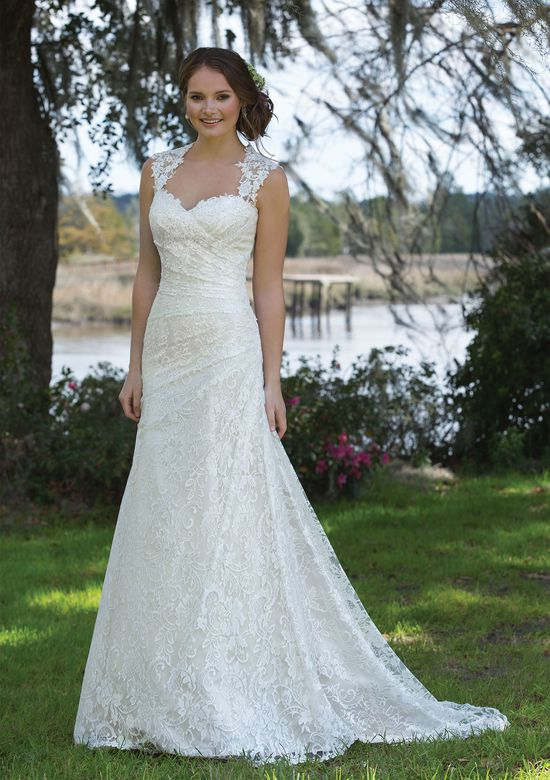 Sweetheart Gowns - Sweetheart Gowns is focused on the beauty of basics and tried-and-true classics. This collection includes simplistic gowns that can be easily accessorized, allowing the bride to truly be herself! Sweetheart Gowns are perfect for a bride on a budget with gowns ranging from $898-$1,298