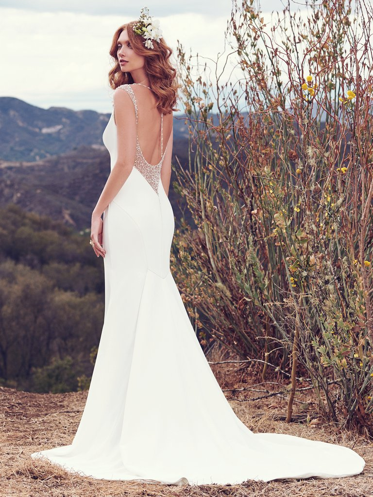 Maggie Sottero - Graceful and enduring bridal looks with a fresh and couture aesthetic, without the couture price tag! Maggie Sottero wedding dresses range in price from $1,148-$2,198.