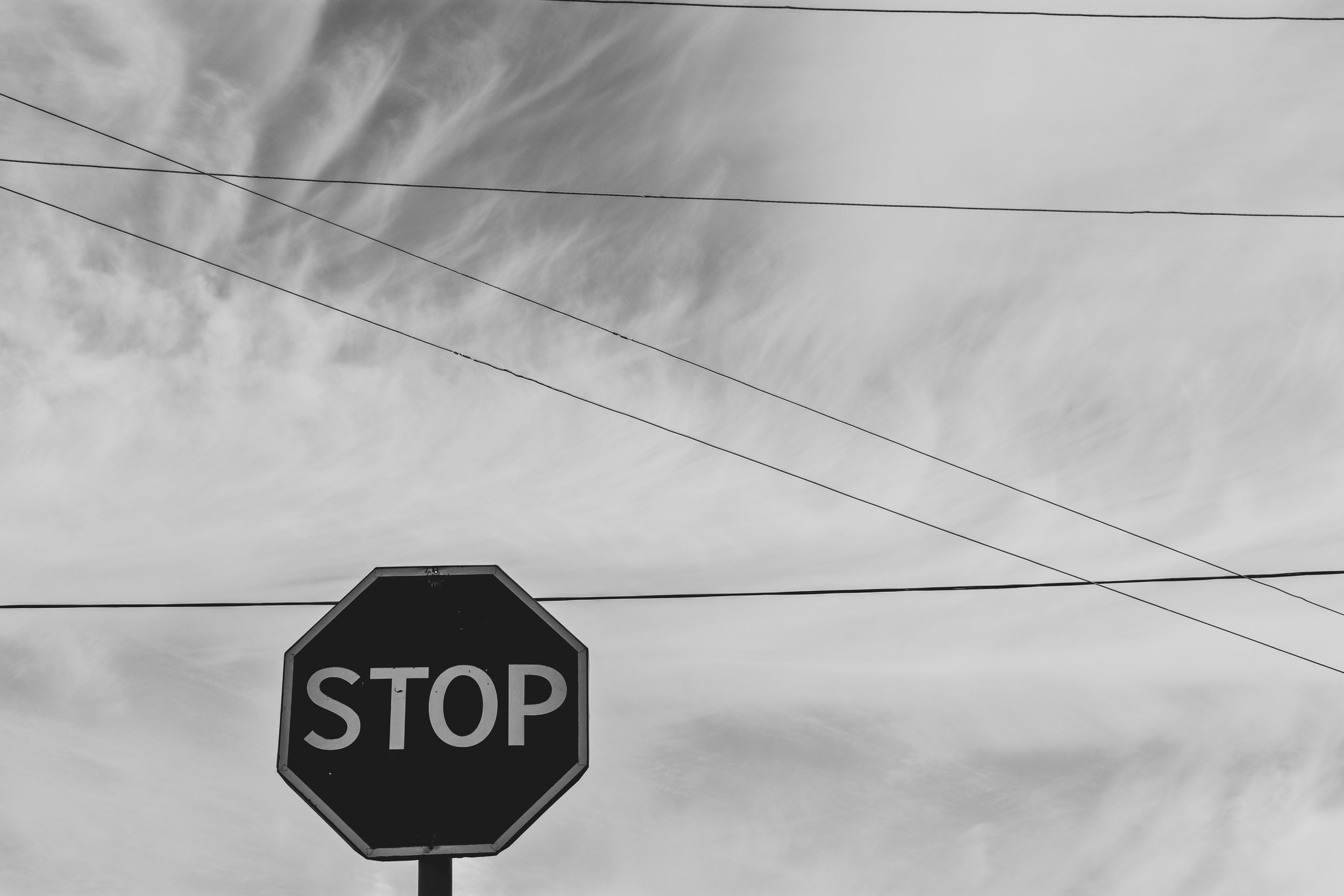 BLACK and white stop sign_404 error