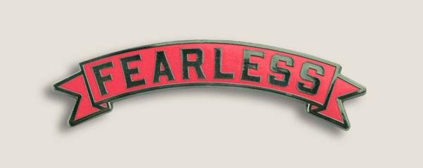 PINS-Fearless_Pink_1a_grande.jpg