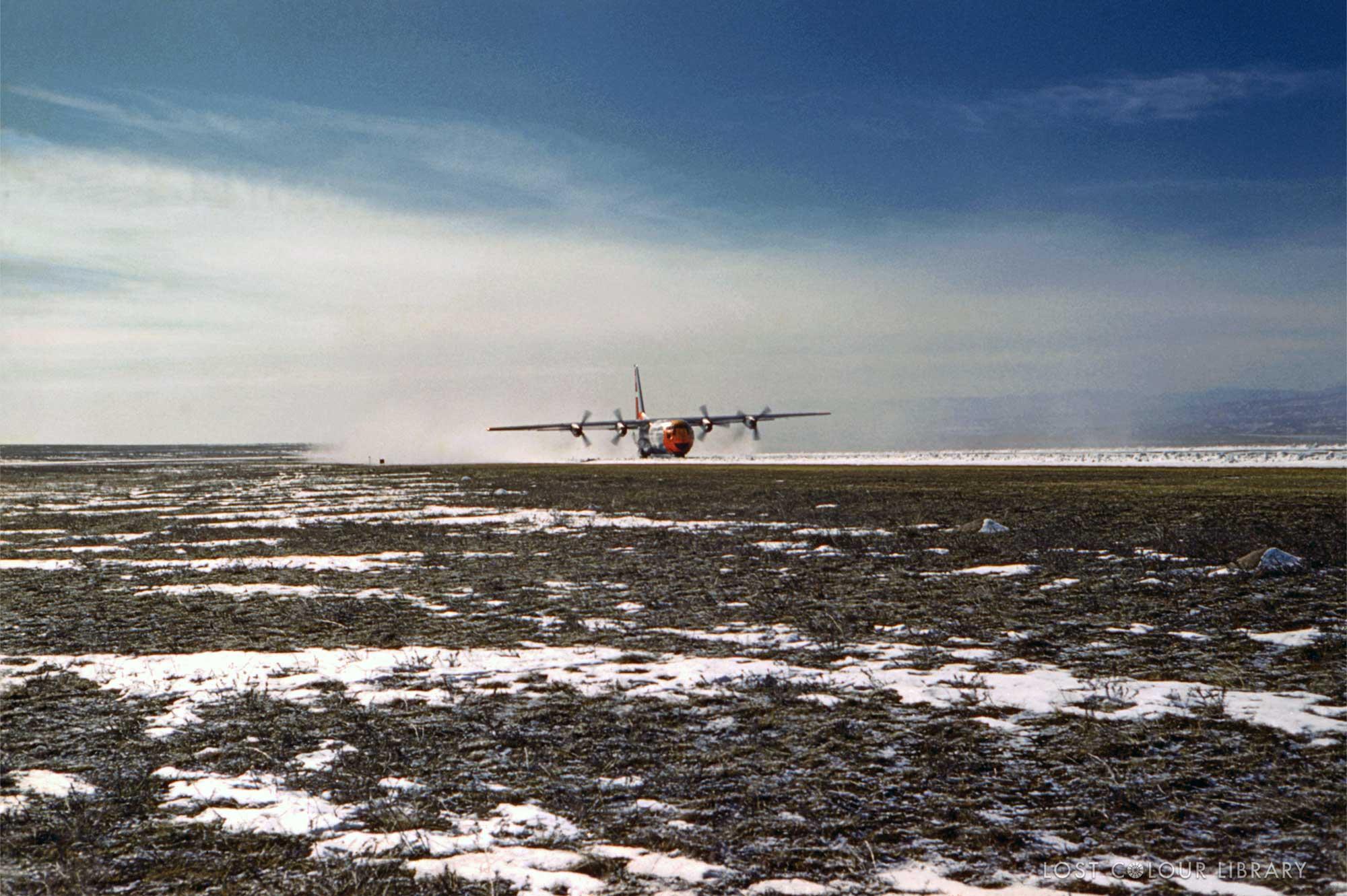 lcl-ww-plane-in-snow-site-wm.jpg