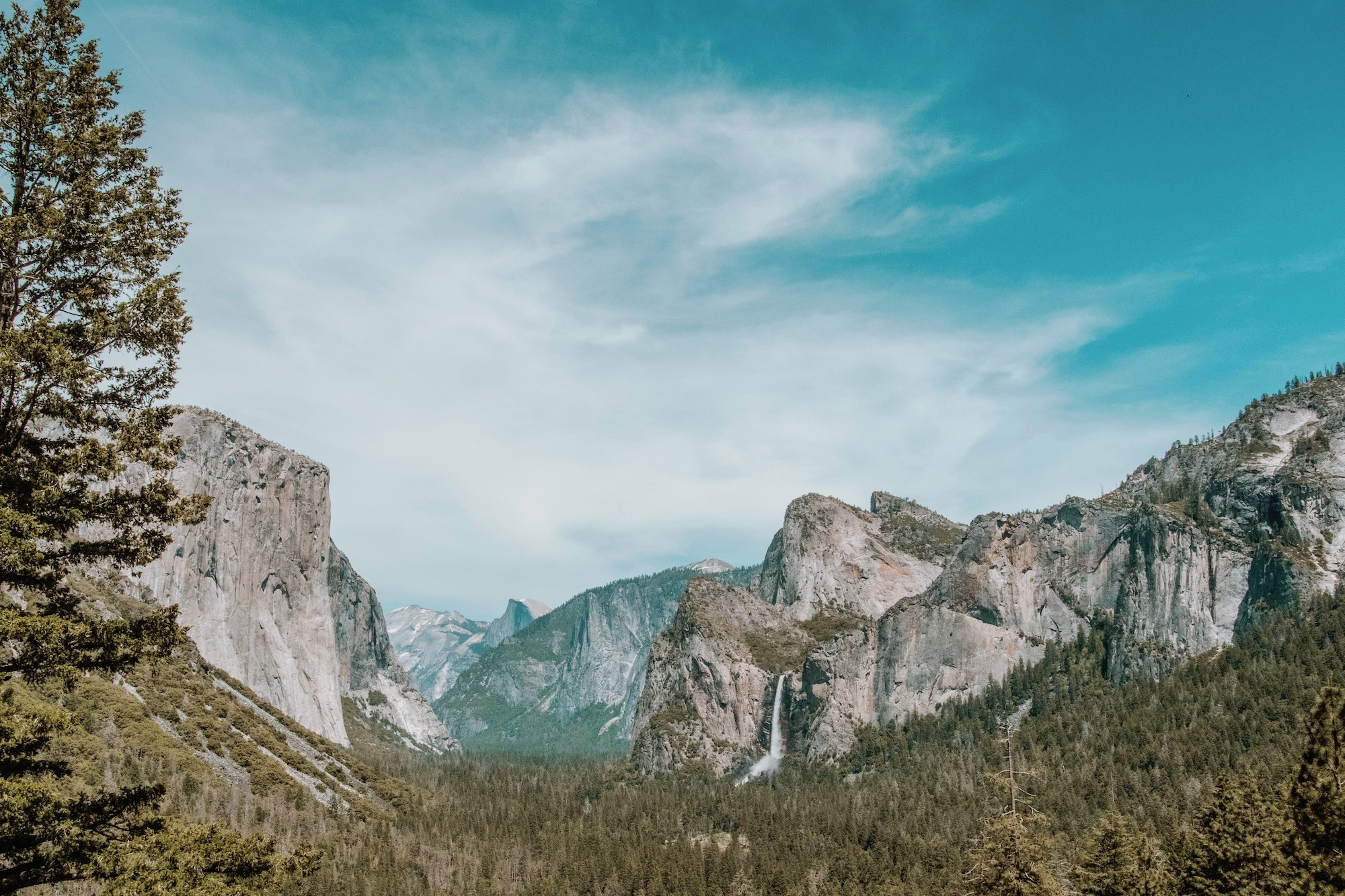 Tunnel View - Yosemite National Park | Cedar + Surf