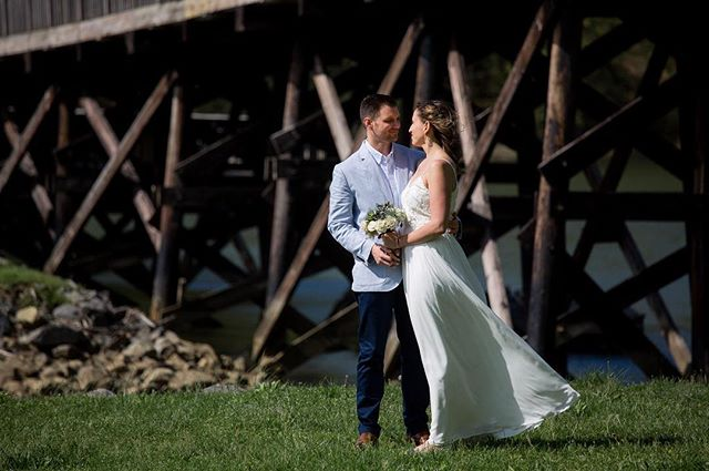 Aaron & Jill are married!! 🥰 #kristinhurleyphotography #wvweddingphotographer #mdweddingphotographer #paweddingphotographer #springwedding #weddingbythelake