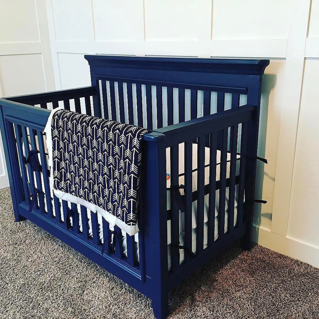 navy-crib.jpg