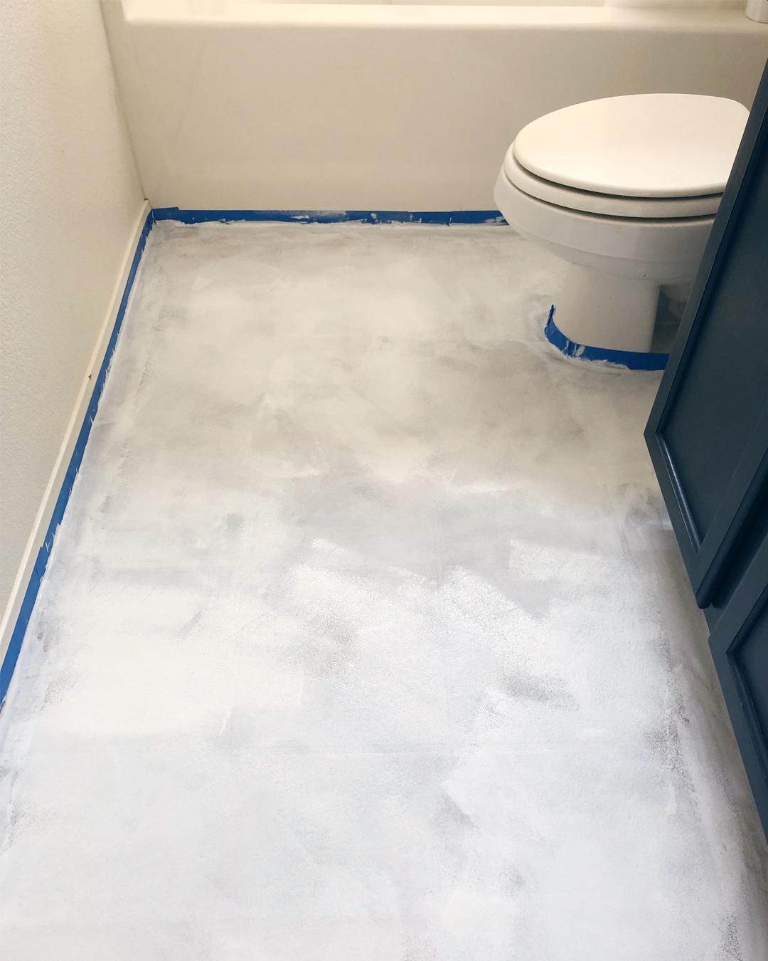 Bathroom Makeover Part 2--Chalk Painted Linoleum Floors — BB