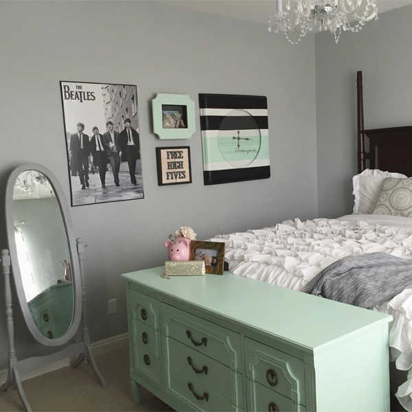 DIY, chalk paint, alternative to pre-mixed chalk paint, DIY chalk paint, before and after project ideas, chalk paint inspiration, painted metal, DIY home project, bedroom dresser makeover, painted metal, how to paint metal, clock makeover, girls room, girls dresser, beatles room