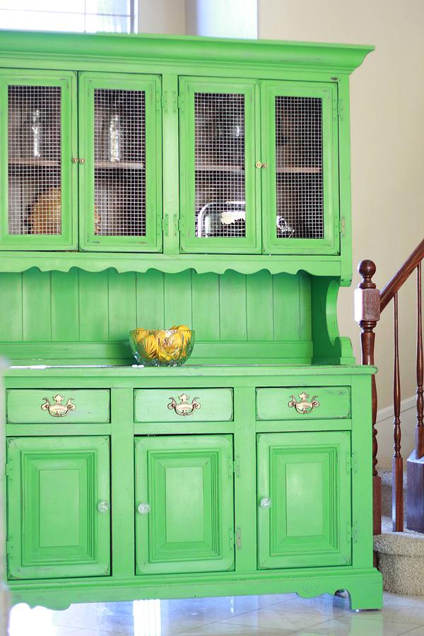 green-kitchen-hutch.jpg