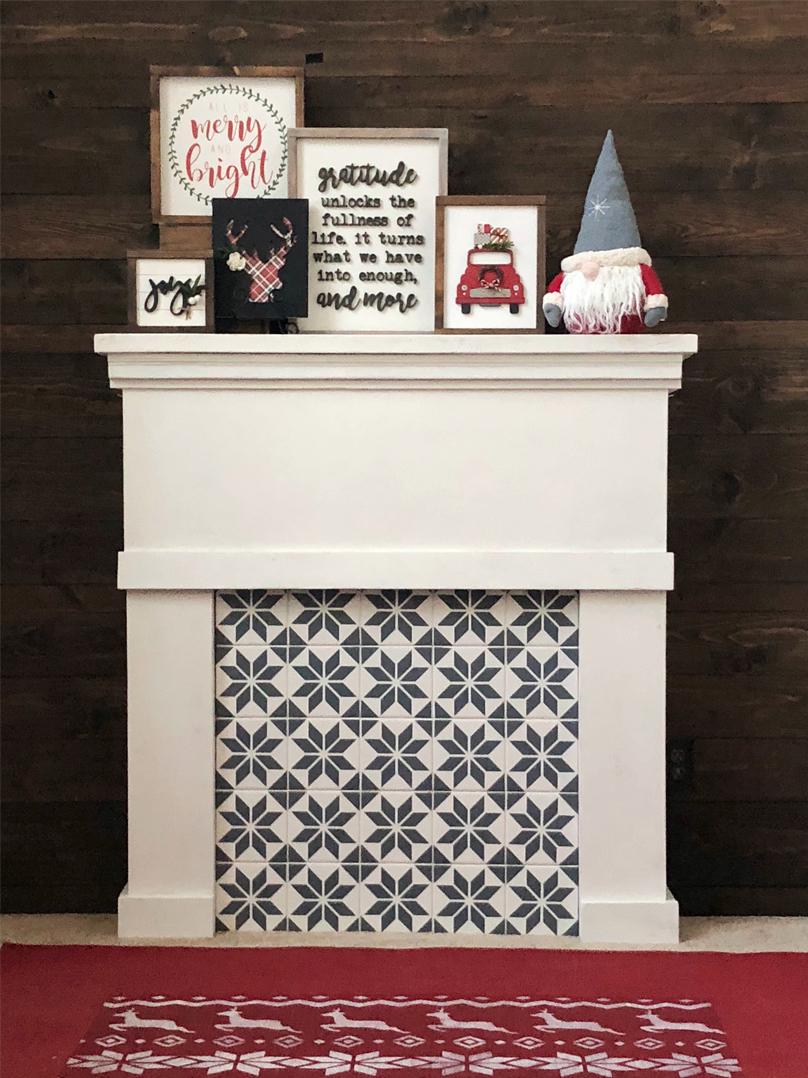 christmas-signs-tiled-fireplace.jpg