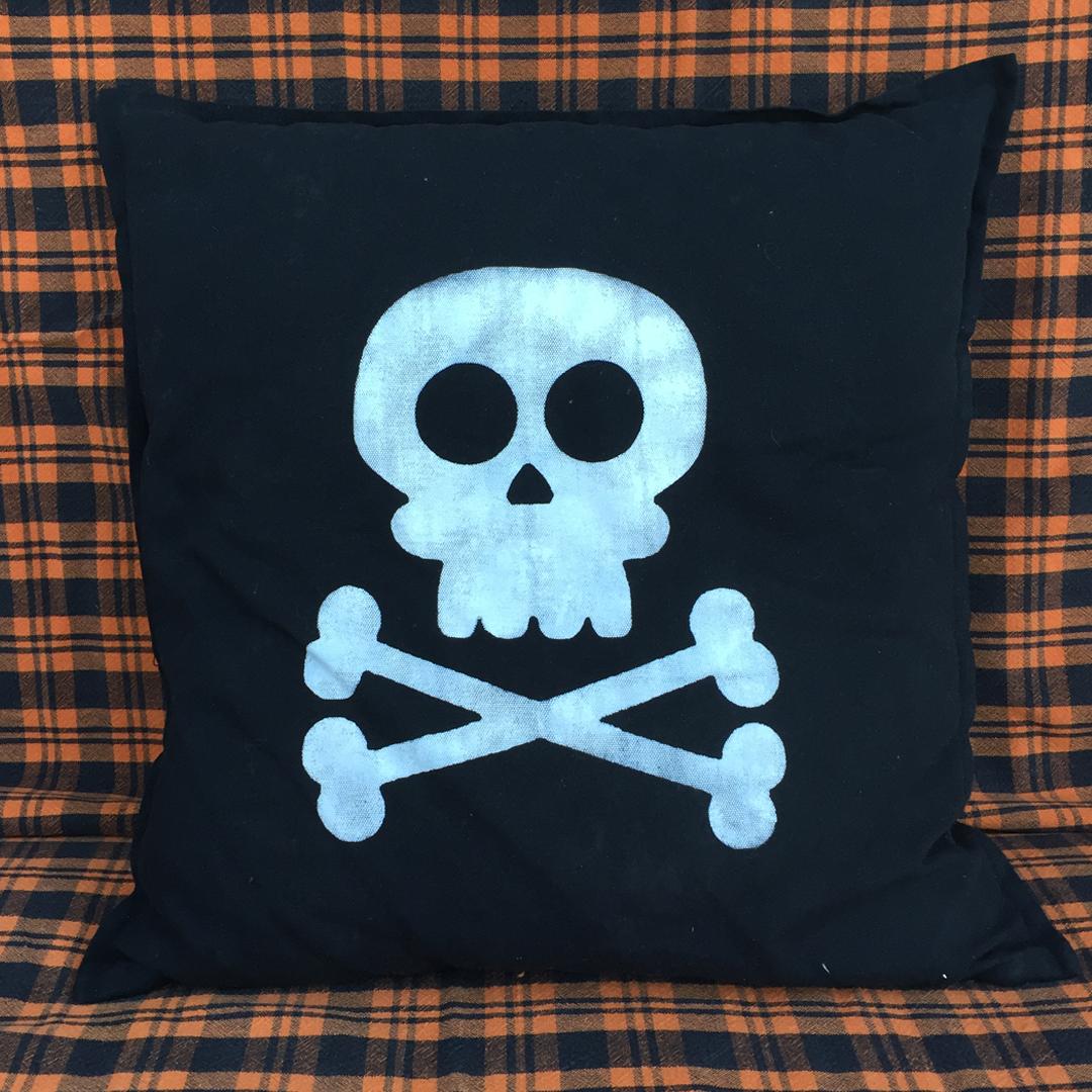 post-22A-halloween-pillows-9.jpg