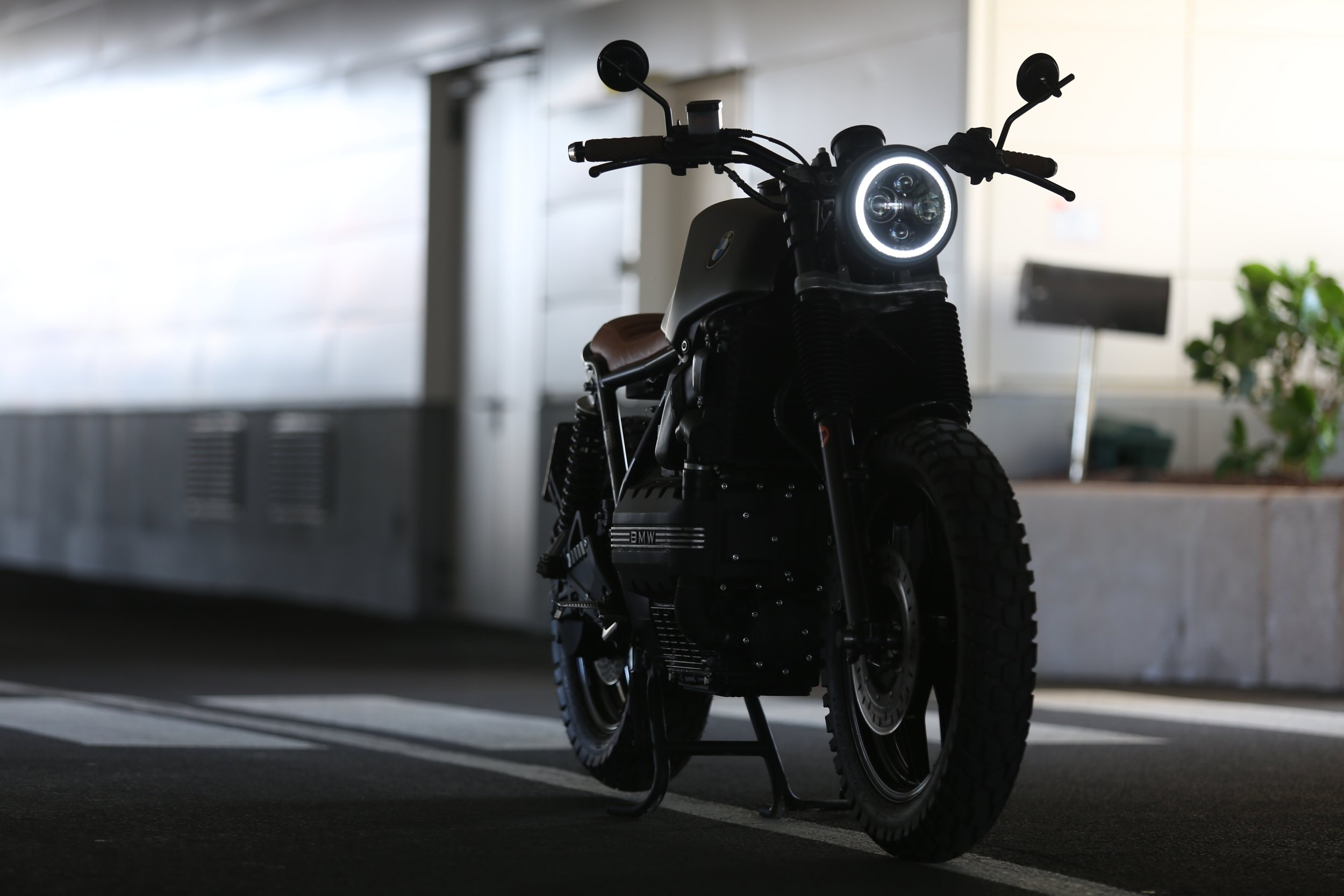 4k-wallpaper-automotive-bike-1413412.jpg