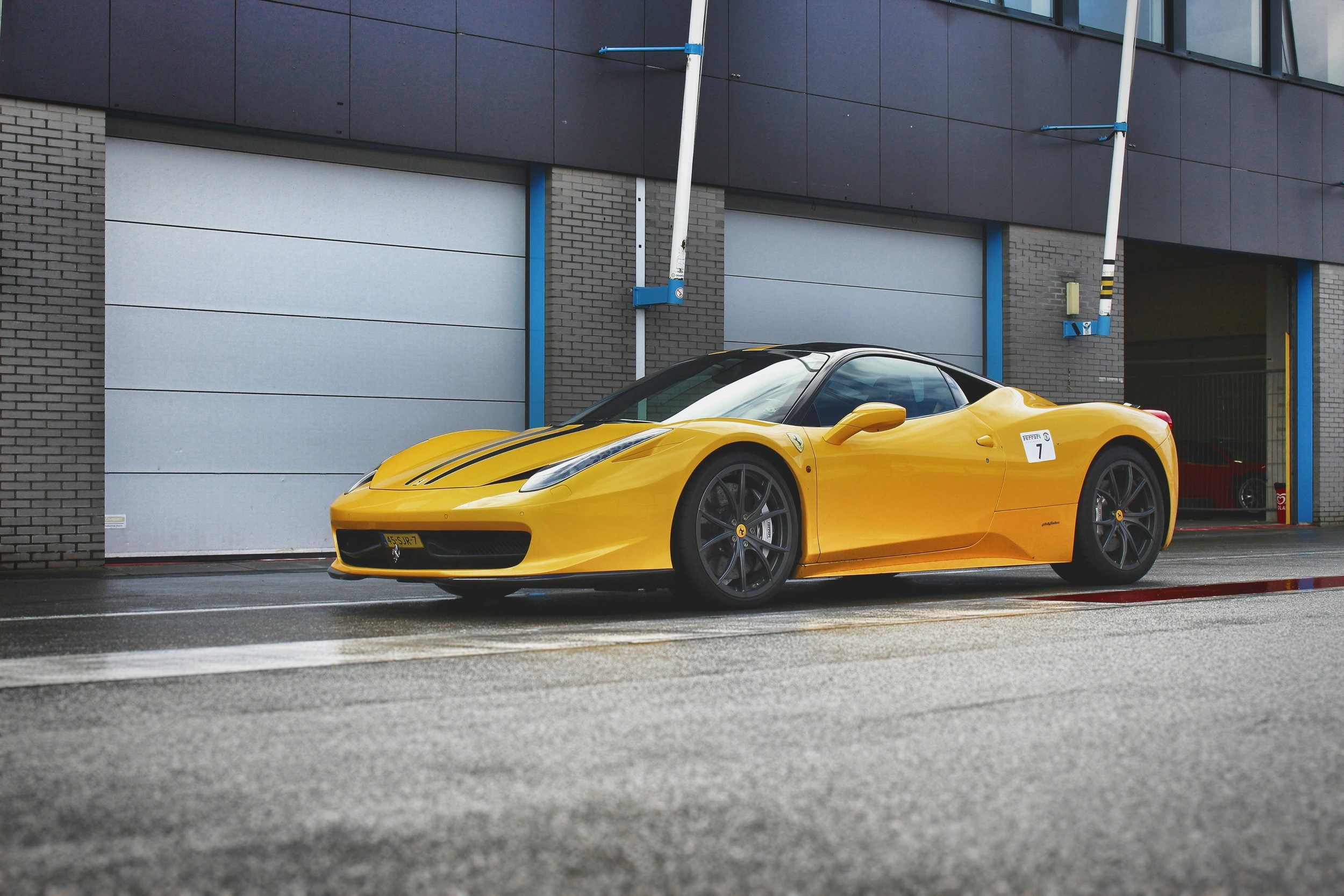 asphalt-automobile-automotive-724493.jpg