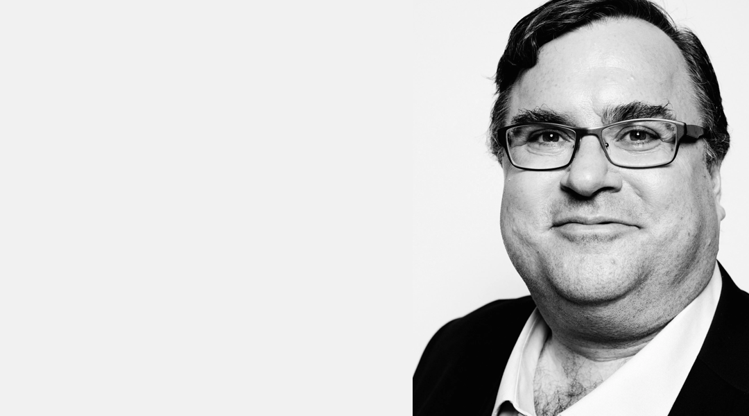 """""""Do things that don't scale"""" —  Reid Hoffman"""