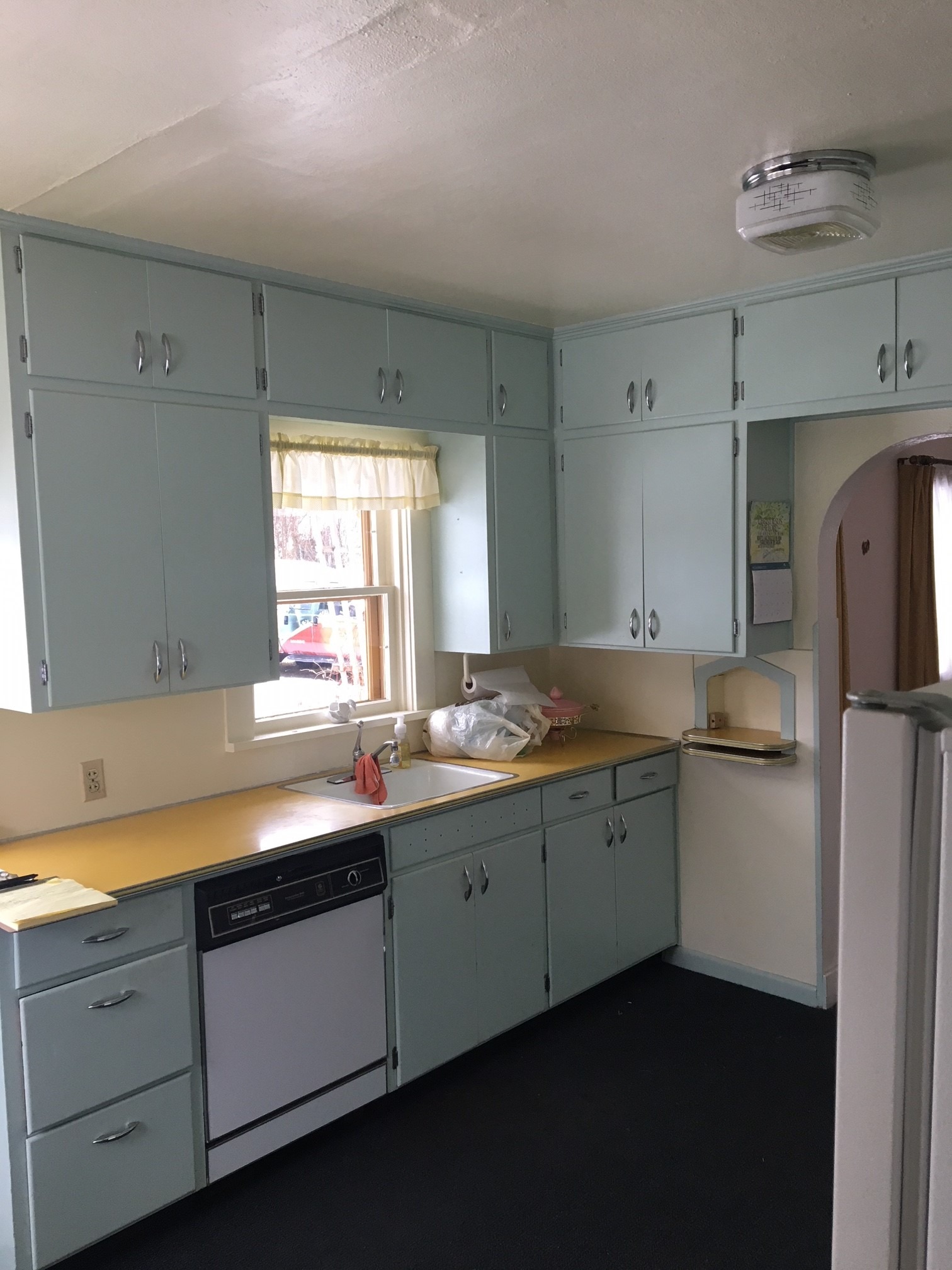 Kitchen South.JPG