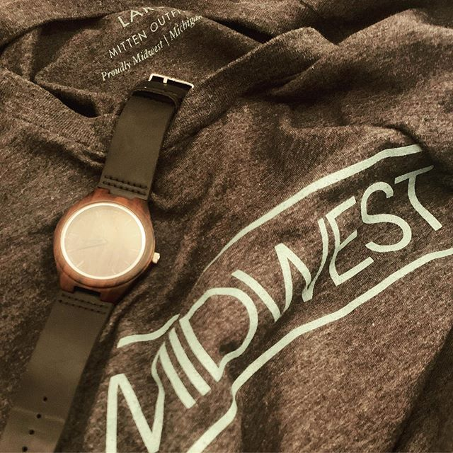 If Midwest Swagger wasn't a thing, it is now. One Satori Sandalwood watch left on the site. Grab a #MO Midwest tee on the way out. #Midwest #MittenOutfitters